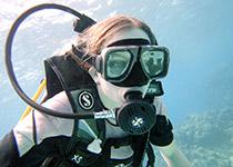 Leren duiken voor kinderen in Hurghada, Rode zee, Egypte, Leren duiken voor kinderen in Hurghada met een PADI duikcursus bij Seahorse Divers, Nederlands PADI duikcentrum en Nederlandse PADI duikschool. Kinderen leren duiken in Hurghada met Seahorse Divers. PADI Duikbrevet halen voor kinderen in hurghada Egypte