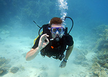 Nederlandse PADI Open Water Diver upgrade in Hurghada. Padi open water duikbrevet halen hurghada rode zee egypte, leren duiken Hurghada Egypte, Seahorse Divers, Nederlandse PADI duikschool en Nederlands PADI duikcentrum, PADI Duikopleidingen, PADI Duikcursus, PADI Duikopleiding, Hurghada, PADI Open Water Diver upgrade, Hurghada, egypte