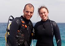 Duiken in Hurghada, Rode Zee, Egypte. Seahorse Divers, Nederlandse PADI duikschool. PADI Open Water Diver cursus in Hurghada, Alexander en Aileen