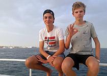 Duiken in Hurghada, Rode Zee, Egypte. Seahorse Divers, Nederlandse PADI duikschool. PADI Open Water Diver cursus in Hurghada, Tim en Felix